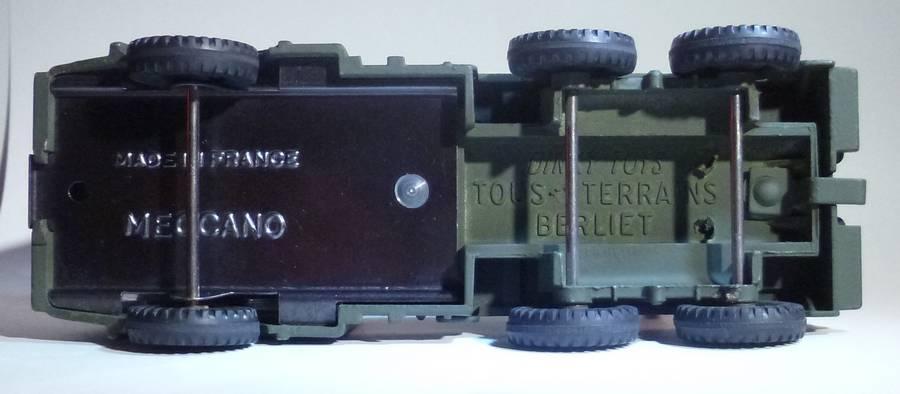826 - Camion militaire de dépannage Berliet DTF826d